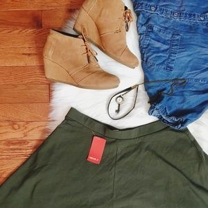 NWT Forever 21 Dark Olive Skater Skirt L
